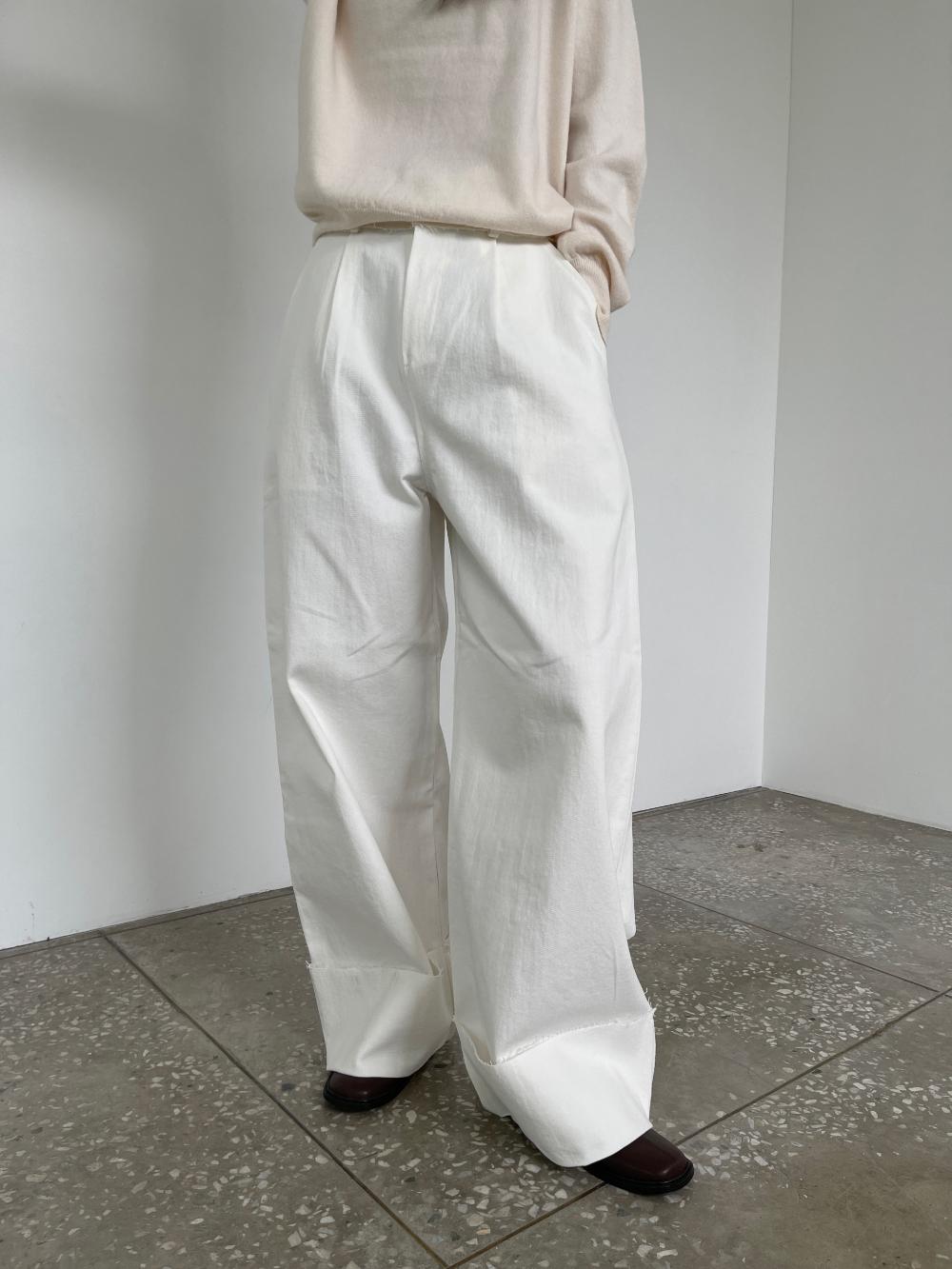 반팔 티셔츠 모델 착용 이미지-S3L28