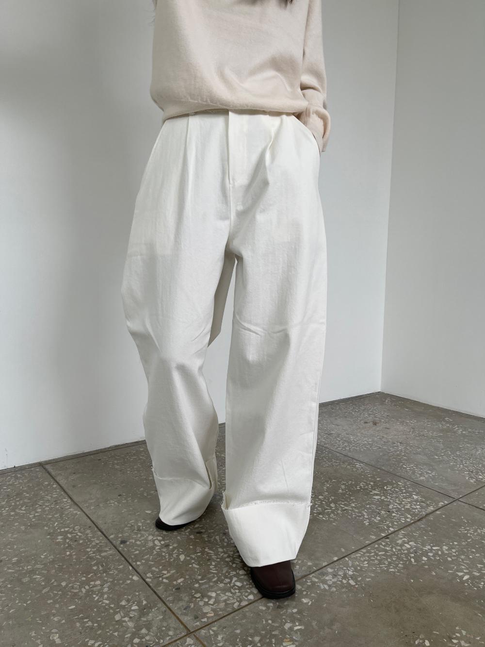 반팔 티셔츠 모델 착용 이미지-S3L29