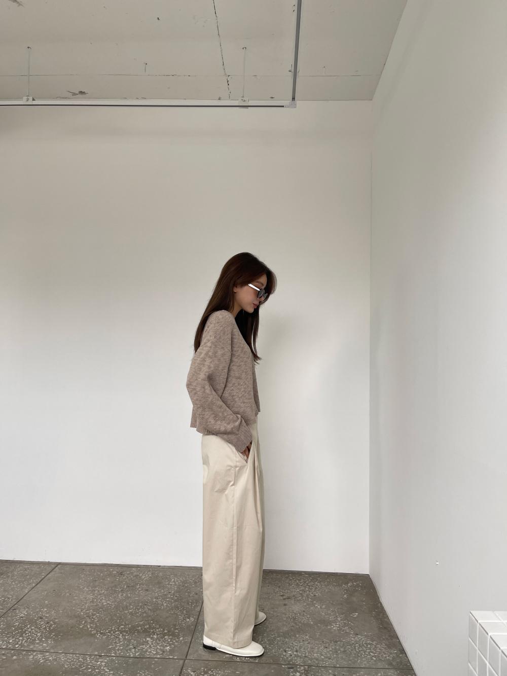 재킷 모델 착용 이미지-S3L1